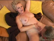 Perfect Body On This Sexy Mature Blonde Porn
